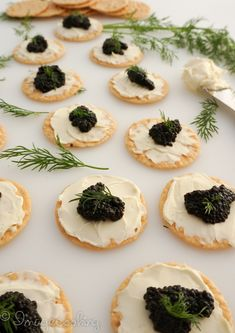 A simple yet elegant appetizer for any party. Just three minutes to put together caviar appetizer. You can also substitute to red caviar. Caviar Recipes, Elegant Appetizers, Popular Appetizers, Peach Syrup, In Vino Veritas, Appetisers, Canapes, Light Recipes, Clean Eating Snacks