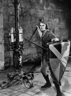 Keighley Patric Knowles Errol Flynn In The Adventures Of Robin Hood Errol Flynn, Robin Robinson, Vancouver, Captain Blood, Wolf's Head, Australian Actors, Vintage Fairies, Classic Hollywood, Movie Tv