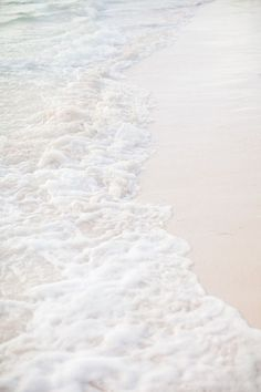 Beach Discover Caribbean Wedding in Punta Cana from Brosnan Photographic sealaura Gold Aesthetic, Beach Aesthetic, Aesthetic Colors, Aesthetic Pastel, Summer Vibes, Picture Wall, Photo Wall, Shades Of White, Beach Photography