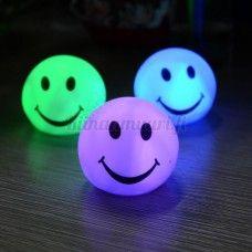 Väriä vaihtava yövalo Smile