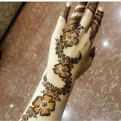 contact for henna services, Al Ain,UAE Floral Henna Designs, Arabic Henna Designs, Mehndi Designs For Girls, Mehndi Designs 2018, Mehndi Designs For Beginners, Modern Mehndi Designs, Mehndi Designs For Fingers, Mehndi Design Pictures, Beautiful Mehndi Design