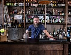 """Check out new work on my @Behance portfolio: """"Bar & Bartender"""" http://on.be.net/1HzMQ3C"""