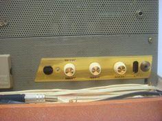 Kleiner Röhrenamp Oldie für Gitarre/Harp in Hessen - Wiesbaden | Musikinstrumente und Zubehör gebraucht kaufen | eBay Kleinanzeigen