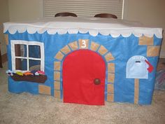dining table & card table playhouse or fort.... I wouldn't make mine look like this, but I am so doing this...