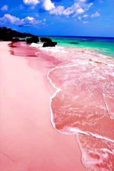 Descubre la arena rosa de Pink Sand Beach en las Bahamas. http://escapadafindesemana.org/