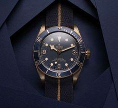 Tudor creates a Bucherer Blue Edition of the Heritage Black Bay - Acquire