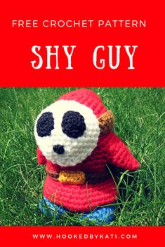 "Free patterns for crochet stuffed animals, commonly called ""amigurumi. Crochet Amigurumi Free Patterns, Crochet Dolls, Crochet Yarn, Free Crochet, Crocheted Toys, Irish Crochet, Shy Guy, Mario Bros, Crochet Super Mario"