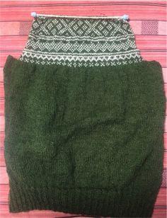 北欧模様のグリーンのセーター - knitravel's diary