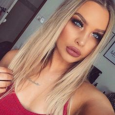Baby Blue . LIPS: MAC Whirl Lipstick BROWS: @anastasiabeverlyhills Brow Powder in Caramel EYES: @napoleonperdis Pigment in Copper Element and Star Light / @anastasiabeverlyhills Eye Shadow in Sienna and Fudge / Illamasqua Eyeshadow in Tango LASHES: @billionlashes in the style 'Kylie'
