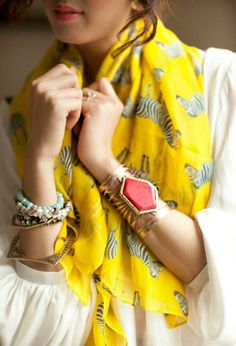 love the bangles and yellow scarf. not feelin the zebras on the scarf though. Look Fashion, Fashion Beauty, Womens Fashion, Fashion Models, Mode Style, Style Me, Moda Natural, Mellow Yellow, Bright Yellow