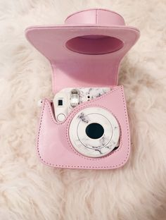 My polaroid camera that goes everywhere with me to capture moments - Instax Camera - ideas of Instax Camera. Trending Instax Camera for sales. - My polaroid camera that goes everywhere with me to capture moments Polaroid Camera Instax, Polaroid Cases, Instax Mini Case, Fujifilm Instax Mini, Cute Camera, Mini Camera, Camara Fujifilm, Polaroid Pictures, Polaroids