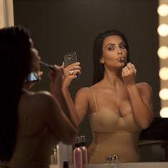 O Segredo das Selfies da Kim Kardashian