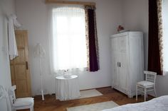 Georgina apartman hálószoba. Badacsony - Lake Balaton - Hungary Bacchus, Curtains, Shower, Rain Shower Heads, Blinds, Showers, Draping, Picture Window Treatments, Window Treatments