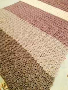 Ravelry: Lewis Blanket - free pattern by Helda Panagary