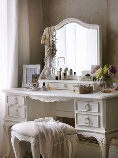 Shabby Chic Primrose Dressing Table
