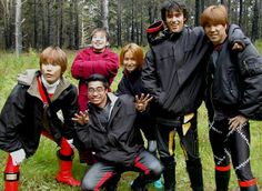 Pua and Glenn from Ninja Storm with some of the amazing stunt team. (also links to Glenn McMillan's website) Power Rangers Ninja Storm, Stunts, Hunger Games, Sailor, Harry Potter, Actors, Guys, Fictional Characters, Japanese