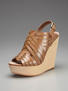 My favorite wedges, so comfortable and goes with everything!
