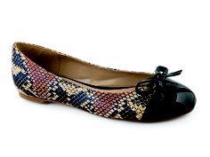 Snake Print Shoes in black