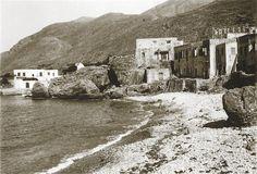 """Σφακιά 1913. Hubert Pernot """"Εξερευνώντας την Ελλάδα. Φωτογραφίες 1898-1913"""" Mount Rushmore, Mountains, Nature, Travel, Voyage, Viajes, Traveling, The Great Outdoors, Trips"""