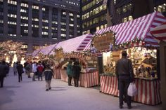 christmas market   Chicago Christmas Market - Nuremberg's Kris Kringle Market in the USA ...