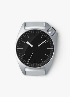 バンドもせずポッケにいれて渦中時計のように使いたい。傷がいっぱい入っていてもきれいなデザインや。Wrist-Watch