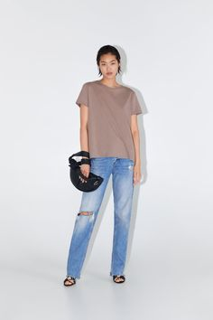 ZARA - Female - Basic asymmetric t-shirt - Brown / taupe - Xxl Zara, Linen Tshirts, Neck T Shirt, Tshirt Colors, Colorful Shirts, Taupe, Camisole Top, Short Sleeves, Normcore