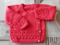 It's with nice pleasure that I current to you my achievements in crochet, knitting, embroidery and couture. Baby Sweater Knitting Pattern, Baby Knitting Patterns, Baby Cardigan, Crochet Baby, Knit Crochet, Baby Tumblr, Baby Barn, Clothing Tags, Couture