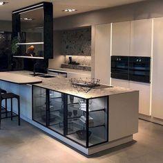 55 modern kitchen ideas decor and decorating ideas for kitchen design 2019 46 Luxury Kitchen Design, Room Interior, Interior Design Living Room, Home Decor Kitchen, Kitchen Furniture, Home Kitchens, Kitchen Ideas, Furniture Stores, Rustic Kitchen
