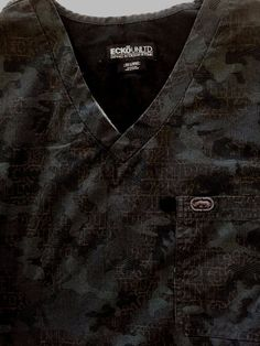 Mens 2XL Black Gray Camo Letter Print ECKO Scrub Top Nurse Medical Uniform Shirt #EckoUnltd