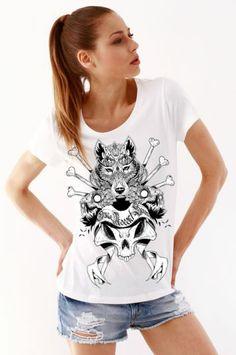 #sekizcom #woman #girl #tshirt #shopping #gri #tasarim #design #baski #fashion #clothing #sweatshirt #uzunkollu #tiger #white #wolfowl