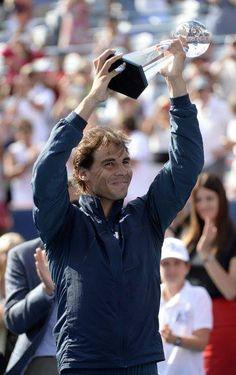 Rafa beats Milos Raonic in the 2013 Rogers  Cup Final!!  VAMOOOOS!!!