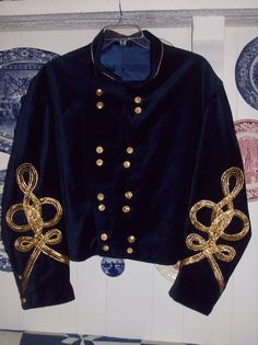 Custom made replica of General Custer's velvet shell jacket made for Rodney Hess, and American History teacher in Fort Worth, TX that dresses EVERYDAY i. American Union, American Civil War, American History, United States Military Academy, United States Army, History Teachers, Us History, George Custer, Battle Of Little Bighorn