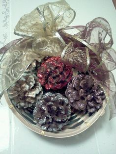 Pinecones & glitter great combination for christmas decor made easy...
