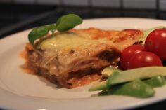 Gluteeniton lasagne valkosipulilla ja yrteillä