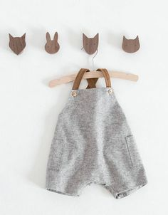 Diy baby clothes boy shower gifts Ideas for 2019 Diy Baby Gifts, Baby Girl Gifts, Baby Outfits, Baby Boy Fashion, Fashion Kids, Zara Fashion, Couture Bb, Zara Mini, Sewing Clothes