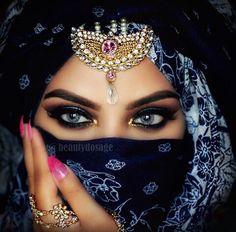 Beautiful... linda maquiagem.