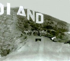 when we think we've seen every photo of the Hollywoodland sign. It's literally Hollywood history in the making—a shot of the Hollywoodland sign being constructed in I wonder if these guys realized they were building an icon. California History, Vintage California, California Love, Southern California, Hollywood California, Hollywood Sign, Golden Age Of Hollywood, Vintage Hollywood, Hollywood Homes