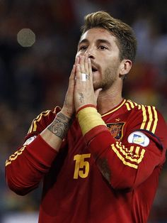 Sergio Ramos a hundred times better once he cut his hair