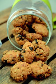 Quick California Prune Cookies - a recipe from the Prune It healthy eating plan to help weight management Healthy Bars, Healthy Sweet Treats, Healthy Desserts, Healthy Recipes, Healthy Eating, Healthy Food, Snack Recipes, Clean Eating, Gourmet Recipes