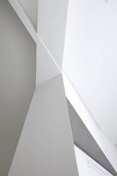 nickelsonwooster:  Geometry. mini-mal-me:  Berlin apartments