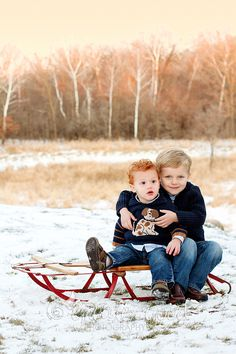 Such adorable boys. by Alison Mickelson/Greater Good Photography