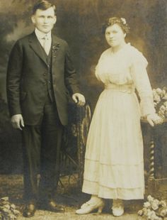 Antique Wedding Photo Nice View of Period by QueeniesCollectibles, $9.99