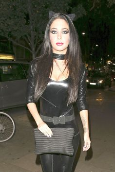 Tulisa Contostavlos wears a sexy catwoman costume at a Halloween party at 'Bodo's Schloss' in Kensington Tulisa Contostavlos, Top Pic, Leopard Fashion, Latex Fashion, Tgirls, Black Is Beautiful, Kinky, Celebs, Female