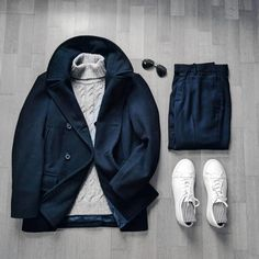 k modrému kabátu