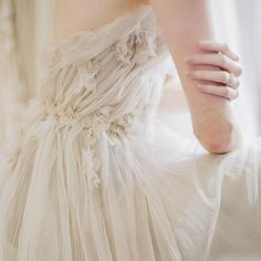 Photo (pretty little wedding things) Elisabeth Swan, Himiko Toga, Princess Aesthetic, White Aesthetic, One Shoulder Wedding Dress, Wedding Inspiration, Fancy, Pure Products, Elegant
