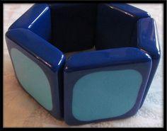 SALE 30% OFF Vintage Mod two tone space-age plastic Blue bangle Bracelet