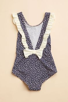 Toddler swim suite- because my daughter will not be in a two piece swim suite at an early age, shes a little girl- not a sex item. Little Girl Fashion, My Little Girl, Kids Fashion, Kids Outfits, Cute Outfits, Kids Swimwear, Kid Styles, Kind Mode, Cute Kids