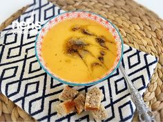 Havuçlu Patates Çorbası Hummus, Food And Drink, Ethnic Recipes, Child, Turkish Recipes, Bakken, Boys, Kid, Children
