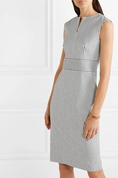Max Mara - Caraffa striped stretch cotton and linen-blend dress Salwar Designs, Blouse Designs, Casual Dresses, Fashion Dresses, Dresses For Work, Style Marin, Picnic Outfits, Simple Sandals, Modelos Fashion