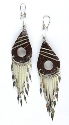 £4.95 Recycled earrings made from coconut shell and bamboo in Peru from tumijewellery.com. Fair trade jewellery rules.